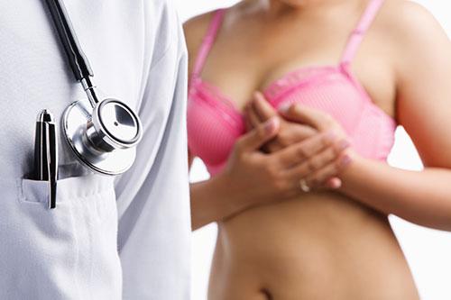 Проведение УЗИ молочных желез перед маммопластикой